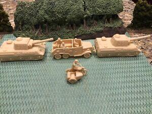 MARX DESERT FOX BATTLE GROUND GERMAN ARMOR COLUMN IN TAN!