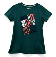 Nike Women's Large Slim Fit Crew Neck Short Sleeve Athletic Wear Graphic T-Shirt
