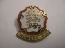 RARE OLD ENGLAND WOMENS FOOTBALL ASSOCIATION ENAMEL BROOCH PIN BADGE