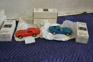 Lot AMT/ERTL 1970 Chevrolet Corvette LT-1 Promo Model Monza Red & Mulsanne Blue