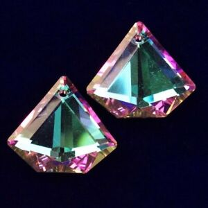 2Pcs Faceted Purple Green Titanium Crystal Diamond Pendant Bead K59675