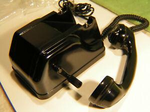 altes Bakelit NVA Feldtelefon Kurbel Telefon Armee Militär DDR NEU ungebraucht
