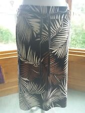 """LADIES MARKS AND SPENCER SUMMER SKIRT PALM LEAVES BLACK MIX 27"""" LONG SIZE 14 NEW"""