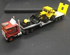 MAJORETTE 1/87 RED CABOVER SEMI TRACTOR W/FLATDECK TRAILER & FRONT END LOADER