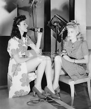 """CAROLE LANDIS & ANNE SHIRLEY ON THE SET OF """"THE POWERS GIRL""""  8X10 PHOTO (CC689)"""