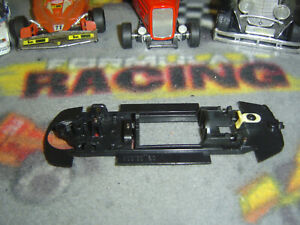 1/32 SCX PRO PORSCHE 911 GT3 Cup Pro bare inline chassis with floating pod-used