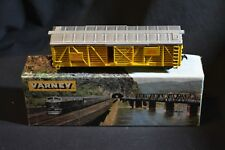 'Varney 40ft Cattle Car Yellow Union Pacific UP 44700 HO gauge USA