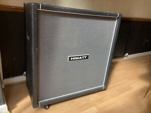 Hiwatt M412 4x12 speaker cabinet