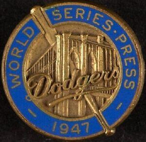 ORIGINAL 1947 WORLD SERIES MEDIA PRESS PIN BROOKLYN DODGERS NEW YORK YANKEES