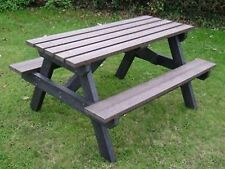 PARK PUB  TABLE CHAIRS-BROWN-100% RECYCLED PLASTIC-MAINTENANCE FREE-WILL NOT ROT