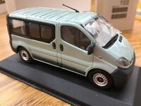 OPEL COLLECTION OPEL VIVARO BUS OPEL ZAFIRA B diecast models by Minichamps 1:43