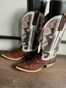 Cowgirl Ariat Alameda Crystal Studded Snip Toe Brown Leather Style 10011088 sz 9