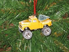 Jada 1958 Chevy Apache Stepside Yellow Custom Christmas Ornament w/tree,snow R