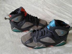 Jordan Air Sneakers Barcelona Days 304774-016 Boy's 6Y 6 youth