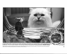 Lot of 3b, Michael J. Fox, Hugh Laurie, Genna Davis stills STUART LITTLE (1999)