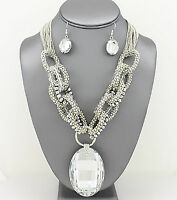 Crystal pendant necklace set