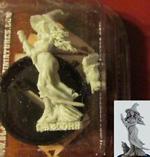 Black Scorpion CS11 Witch & Boris the Cat (1) Miniature Female Mage Halloween