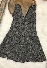 Max Studio Black White V-Neck Stretch Sleeveless Dress Size M
