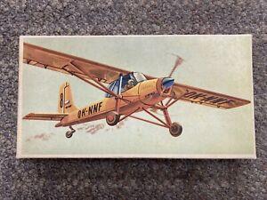 + Veb Plasticart M 1:100 L-60 Flugzeug-Modellbaukasten Model Kit #15380 *ST