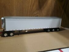 1/64 First Gear custom white 53' smooth side tri axle reefer trailer dcp