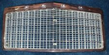 75 76 77 78 Ford LTD Grille P/n: D5AB-8150 * VERY NICE*