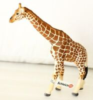 GENUINE BRAND NEW SCHLEICH COLLECTABLE GIRAFFE AS SHOWN IN IMAGE AU SELLER