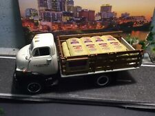 FIRST GEAR 1:34 Scale 1952 GMC Coe Full-Stake Truck with Sacks Load
