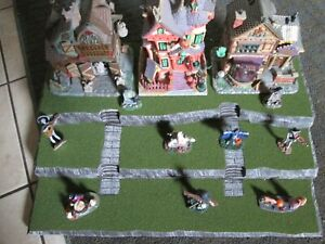 Halloween Village Display Platform Base HW53 For Lemax Dept56 Dickens + More