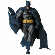 MAFEX No.105 MAFEX BATMAN (HUSH) Action Figure Medicom Toy