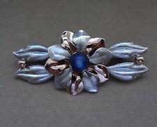 LOVELY VINTAGE KREISLER 2-TONE STERLING 925 FLOWER PIN W/ BLUE MOONGLOW CENTER