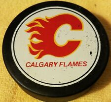 CALGARY FLAMES VINTAGE VICEROY OFFICIAL SLUG NHL HOCKEY PUCK made in CANADA