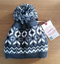 Capo Bobble Hat with stylish extra large bobble and fleece lining