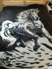 "MOR - Valor Blanket Running Horse 81"" x 84"" reversible- Blk/White w/tint of Blue"