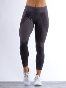 Nike Flyknit Style Epic Lux Running/Training Tights. Charcoal. Size Medium