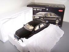 AUDI A8 W12 KYOSHO 1/18