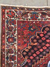 Antique tribal carpet, hand knotted wool Semi antique Bakhtiari 9'9�x 5'4�
