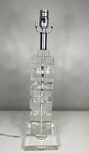 Beautiful Acrylic Lucite Stacked Square Mid Century Modern Table Lamp