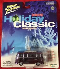 JOHNNY LIGHTNING 2002 HOLIDAY CLASSIC Ornament ~ Volkswagen Bus ~ MOC
