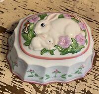 "Franklin Mint Porcelain 1986 Le Cordon Bleu Jello Mold ""Rabbits"""