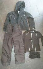 Childs Black Ski Outfit. Section Jacket, Wedge Salopettes, Gloves.Size 10/11 Yrs