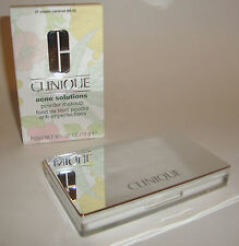CLINIQUE ACNE SOLUTIONS POWDER MAKEUP COMPACT 21 CREAM CARAMEL .35 OZ / 10 g NIB