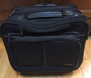 "Samsonite Carry-on Luggage Bag Rolling Wheels, Retractable Handle, Laptop 16"""