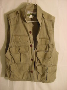The Nature Compant Naturalist Hiking Hunting Vest - Mens Size Small