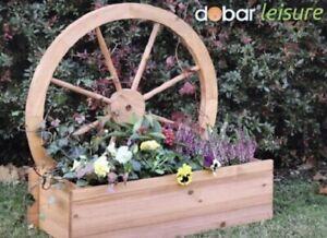 Blumenkasten mit Dekospalier