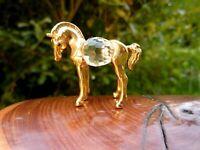 wunderschöne Kristall Glas Miniatur Figur Pferd Fohlen 3,5 cm Metall goldfarbend