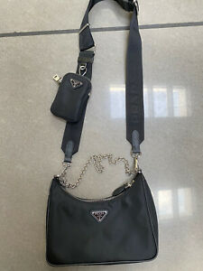 Prada nylon 2005 Re Edition Bag In Black