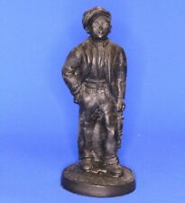 Handcrafted carved from Welsh coal - Kingmaker boy with lamp H: 12cm [20790]