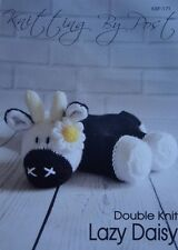 LAZY DAISY COW A5 KNITTING PATTERN  FROM KNITTING BY POST (KBP-171)