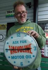 1960'S VALVOLINE MOTOR OIL LIGHTED PAM CLOCK GAS SERVICE STATION SIGN RARE!