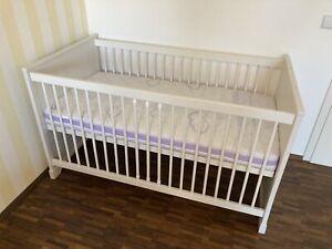 Baby& Kinderbett in Weiß von PAIDI inkl. Matratze
